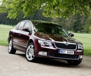 Skoda Superb 1,8 TSI MT Active